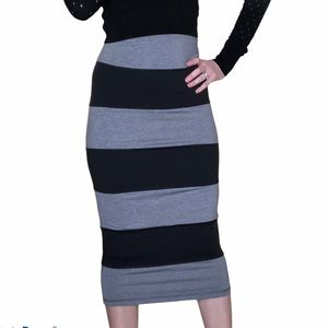 Lululemon Yoga Over Striped Pencil Skirt